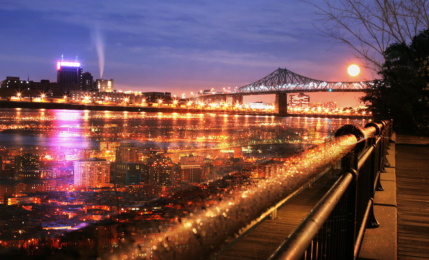 Montreal Jacques Cartier Bridge and River - Stock Photography