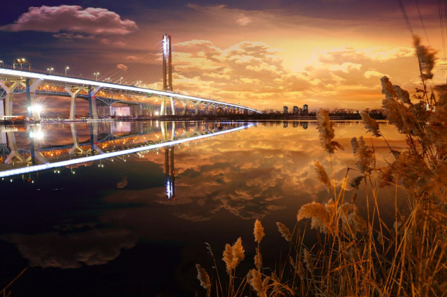 New Champlain Bridge in Montreal City - Stock Photography