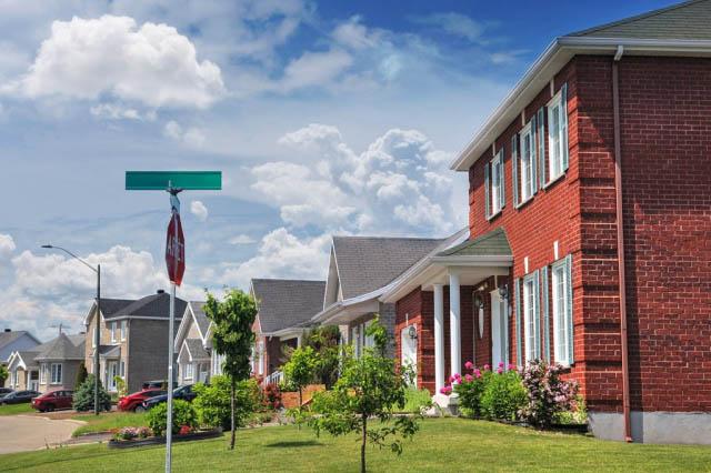 Quiet Neighborhood - Stock Photography