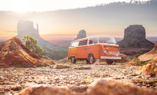 Vintage VW Camper Van Road Trip 01 - Stock Photography