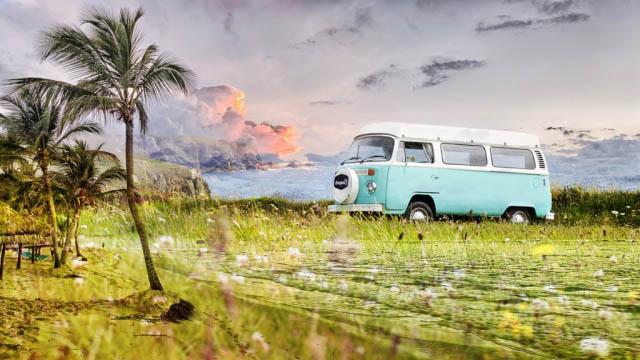 Vintage VW Camper Van Road Trip 02 - Stock Photography
